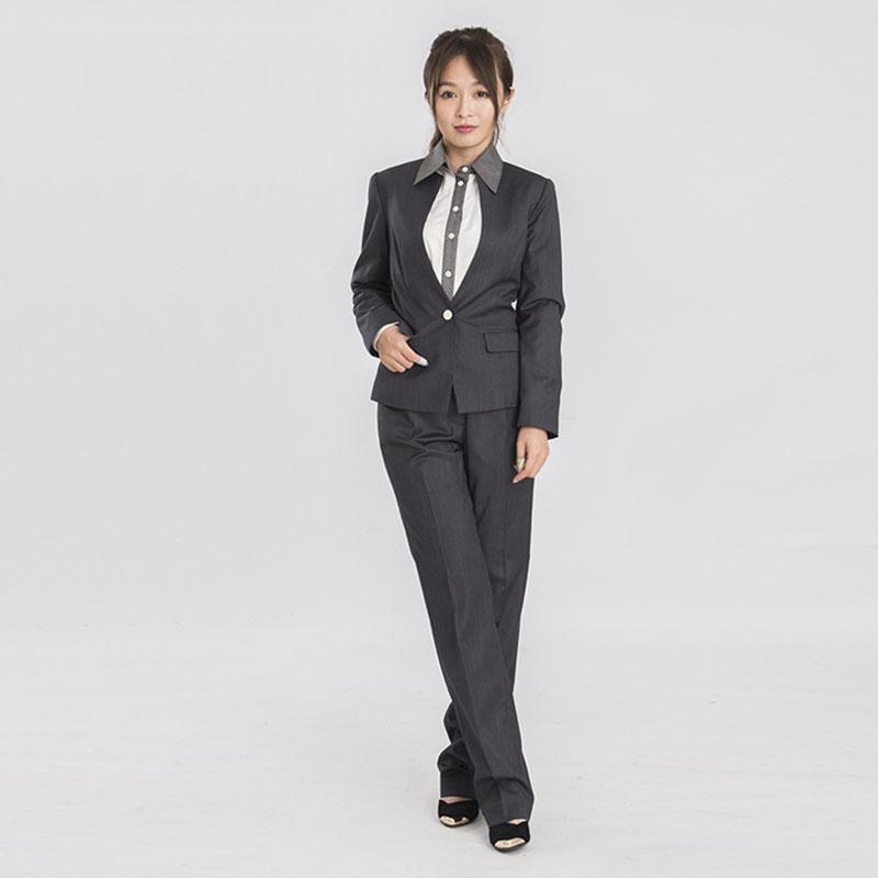 女套裝D19